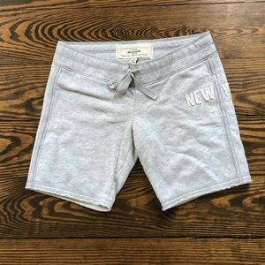Abercrombie & Fitch shorts size XL